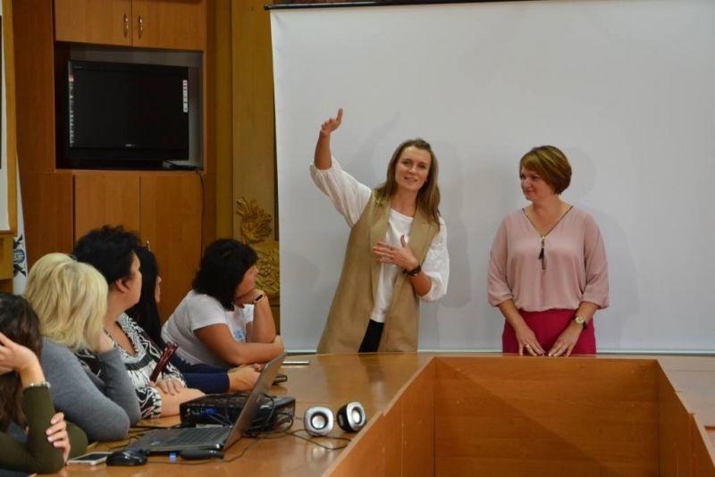Жінки зі Східних областей України відвідали Прикарпаття (відеосюжет)