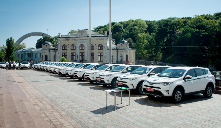 Держекоінспекція Карпатського округу отримала нові енергозберігаючі автомобілі (фотофакт)